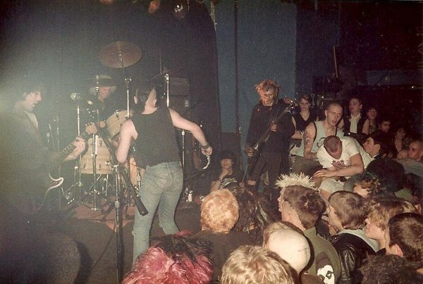 DISCHARGE - Rock Hotel, NY 1983