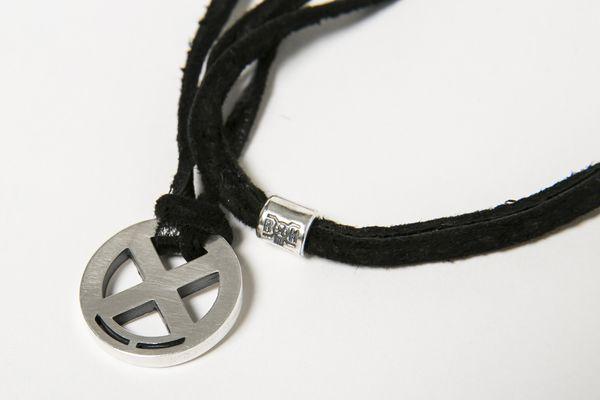 BHFA BxH Circle Logo Necklace Detail ¥11,800+tax